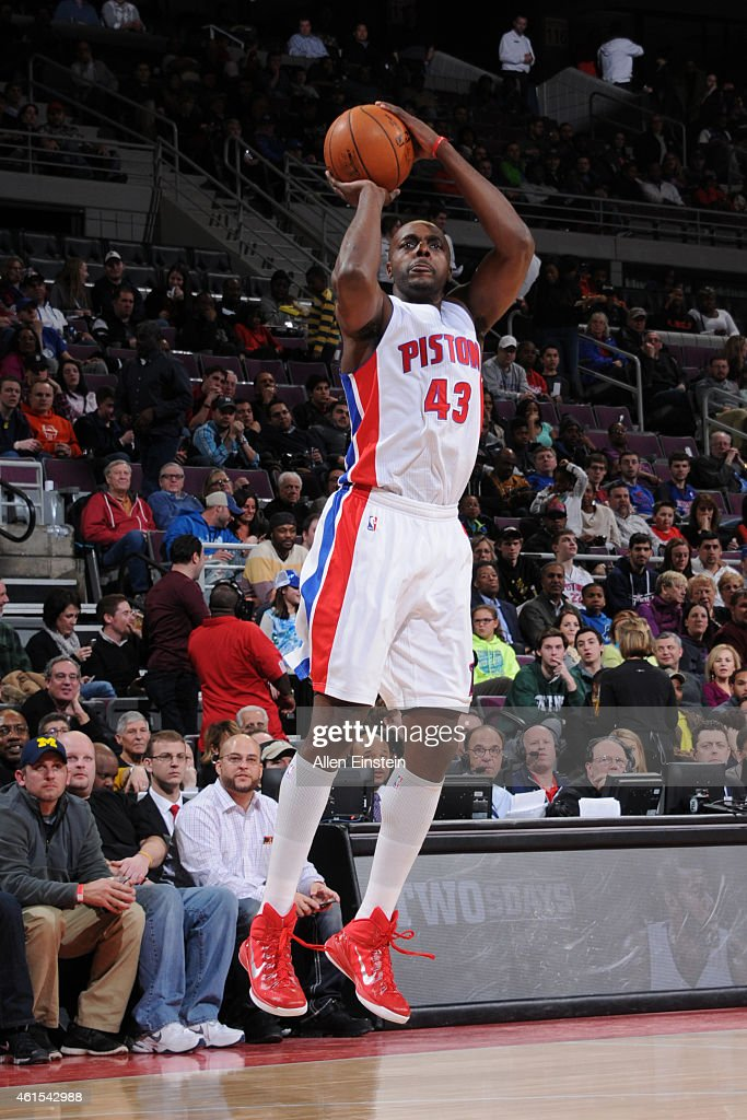Anthony Tolliver of the Detroit Pistons shoots against the New Orleans Pelicans on January 14 2015 at the Palace of Auburn Hills in Auburn Hills...