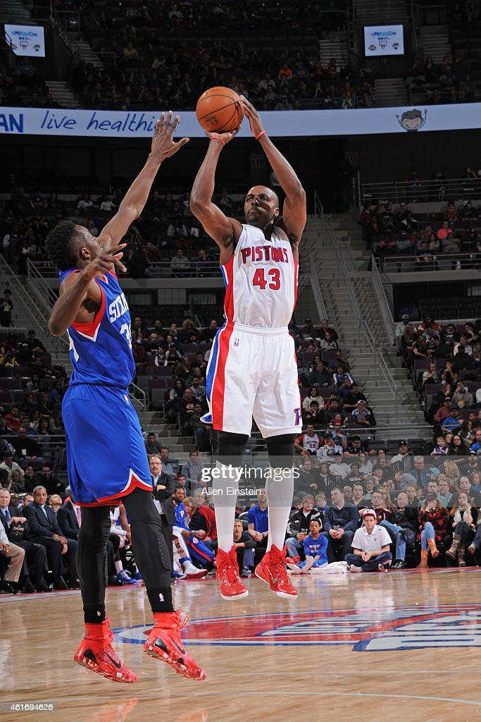 Anthony Tolliver of the Detroit Pistons shoots the ball against the Philadelphia 76ers during the game on January 17 2015 at The Palace of Auburn...