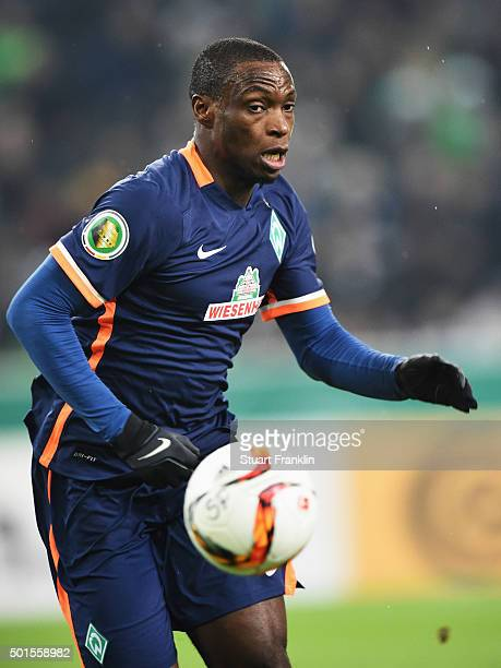 Anthony Ujah of Bremen in action during the DFB Pokal match between Borussia Moenchengladbach and Werder Bremen at BorussiaPark on December 15 2015...