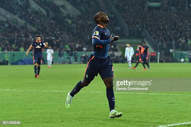 Anthony Ujah of Werder Bremen celebrates as he scores the fourth goal during the DFB Cup Round of 16 match between Borussia Moenchengladbach and...