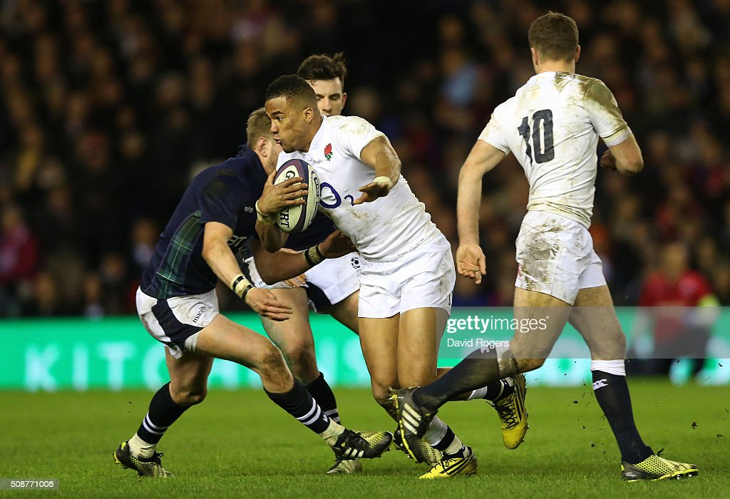 Anthony Watson of England makes a break during the RBS Six Nations match between Scotland and England at Murrayfield Stadium on February 6, 2016 in Edinburgh, Scotland.
