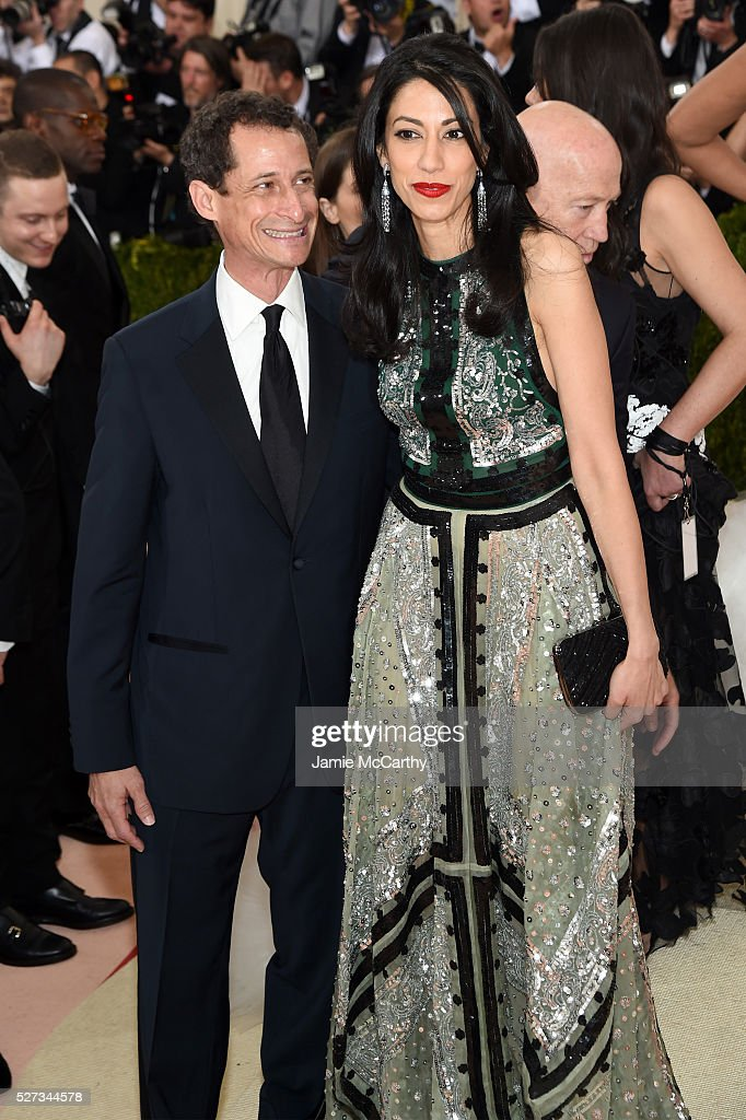 Anthony Weiner (L) and Huma Abedin attend the 'Manus x Machina: Fashion In An Age Of Technology' Costume Institute Gala at Metropolitan Museum of Art on May 2, 2016 in New York City.