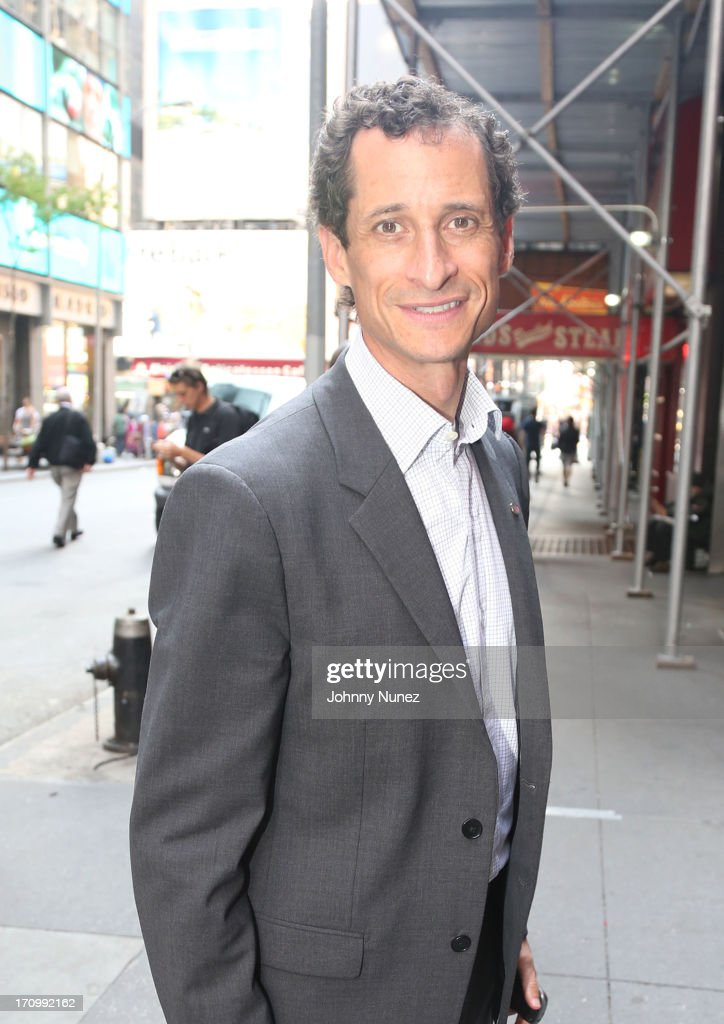 <a gi-track='captionPersonalityLinkClicked' href=/galleries/search?phrase=Anthony+Weiner&family=editorial&specificpeople=821661 ng-click='$event.stopPropagation()'>Anthony Weiner</a> attends a conversation with Mayoral candidate <a gi-track='captionPersonalityLinkClicked' href=/galleries/search?phrase=Anthony+Weiner&family=editorial&specificpeople=821661 ng-click='$event.stopPropagation()'>Anthony Weiner</a> at Bobby Van's Grill on June 20, 2013 in New York City.