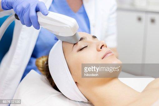 アンチエイジング治療、IPL レーザー、光線皮膚治療 : ストックフォト