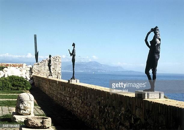 Antibes Skulpturen im Musee du Picasso September 1998