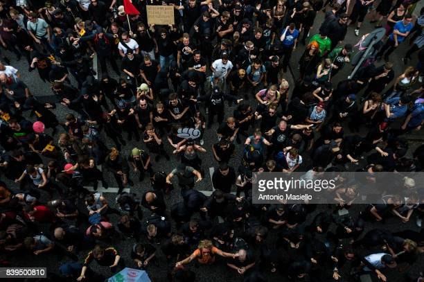 Anticapitalist demonstrators during a peaceful march on July 8 2017 in Hamburg Germany German police and protesters clashed for three day during the...