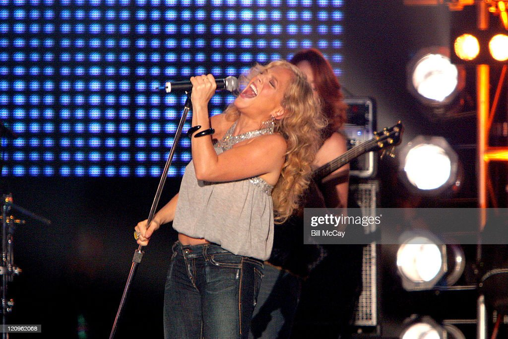 Antigone Rising preforms a tribute to the Doors during VH1 Classic Presents 'Decades Rock Live: A Tribute to the Doors' - August 5, 2005 at Trump Taj Mahal in Atlantic City, New Jersey, United States.