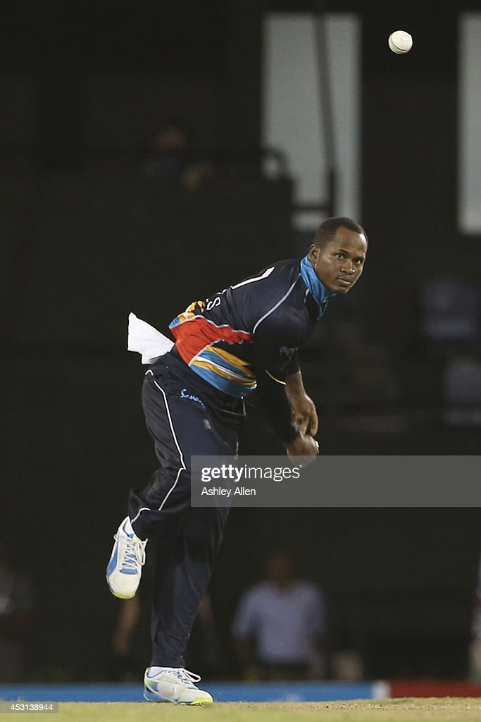 Antigua Hawksbills captain <a gi-track='captionPersonalityLinkClicked' href=/galleries/search?phrase=Marlon+Samuels&family=editorial&specificpeople=185235 ng-click='$event.stopPropagation()'>Marlon Samuels</a> bowls his offspin during a match between St. Lucia Zouks and Antigua Hawksbills as part of week 4 of the Limacol Caribbean Premier League 2014 at Beausejour Stadium on August 03, 2014 in Castries, St. Lucia.
