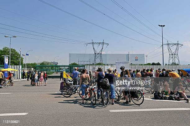 Antinuclear activist have lunch in front of Fessenheim's nuclear power plant on April 25 2011 in Fessenheim France The protest part of a global...