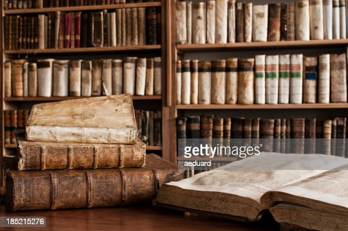 アンティーク書籍のライブラリー