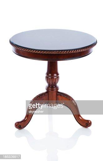 Tavolo di antiquariato