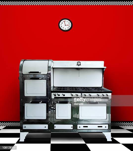 Rouge Vintage Antique de cuisson dans la cuisine