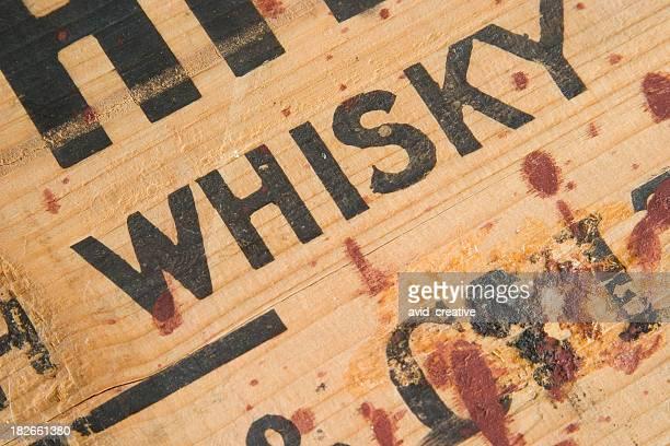 Antigo caixa de Whiskey detalhe