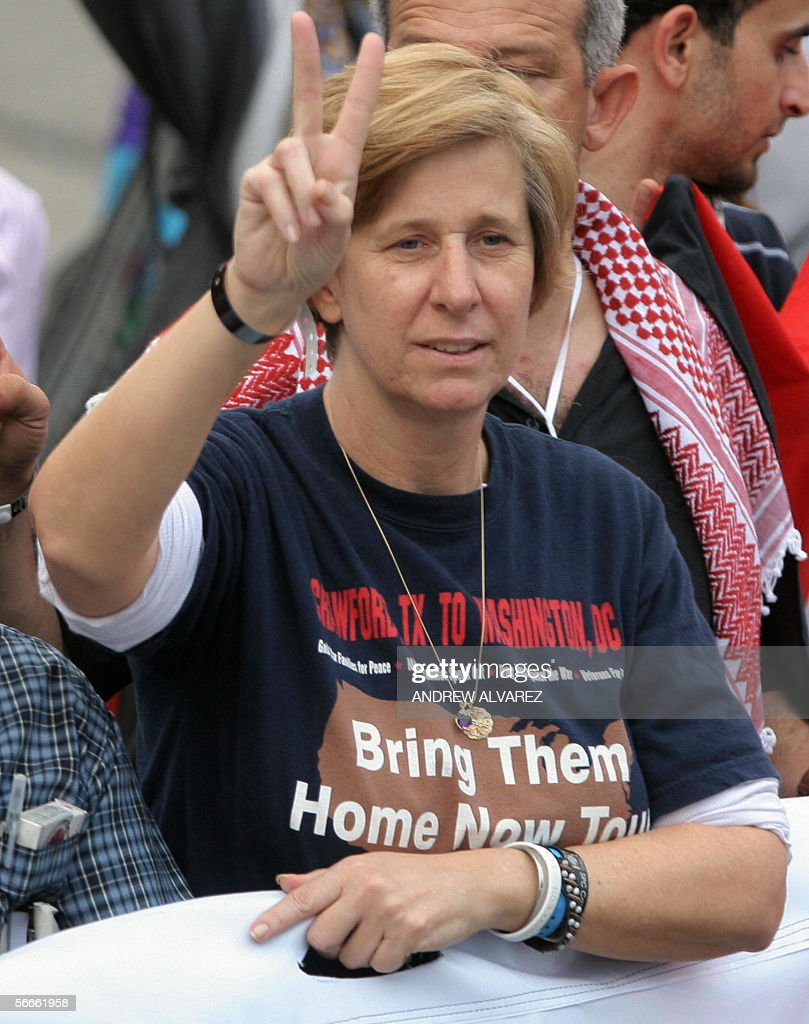 US antiwar activist Cindy Sheehan makes the 'v' sign in a march during the launching of the World Social Forum in Caracas 24 January 2006 Antiwar...