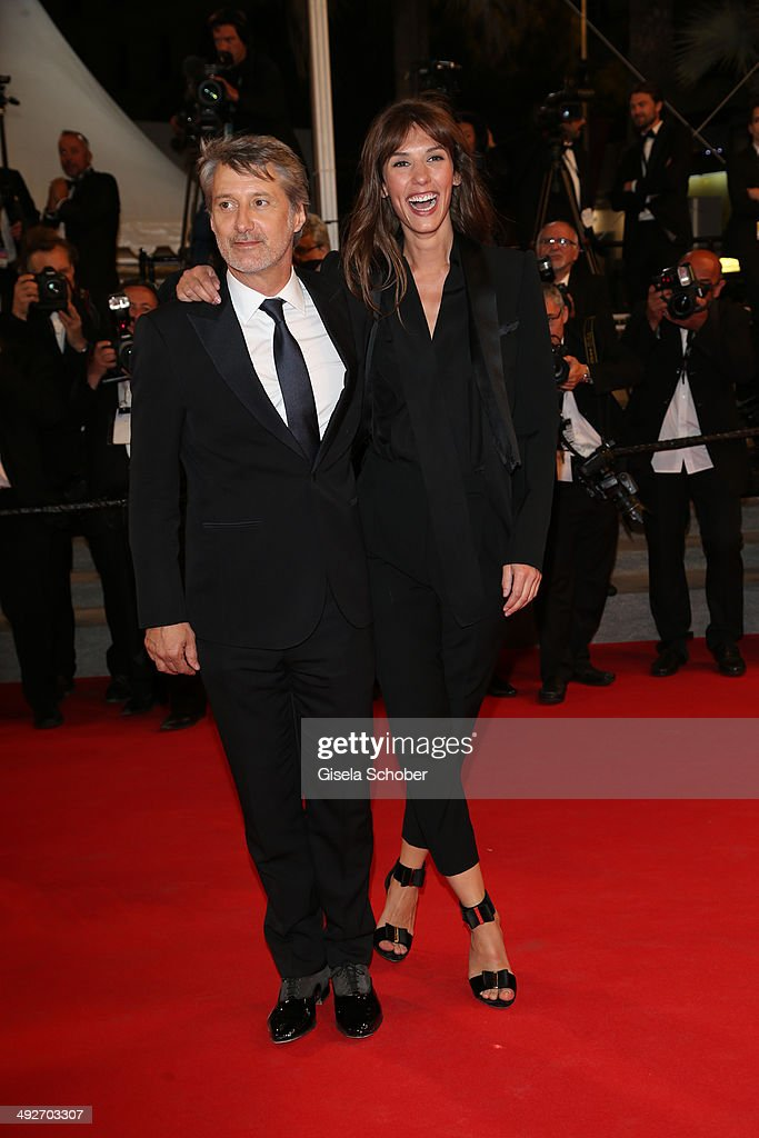Antoine de Caunes and <a gi-track='captionPersonalityLinkClicked' href=/galleries/search?phrase=Doria+Tillier&family=editorial&specificpeople=9693262 ng-click='$event.stopPropagation()'>Doria Tillier</a> attend the 'L'Homme Qu'On Aimait Trop' premiere during the 67th Annual Cannes Film Festival on May 21, 2014 in Cannes, France.