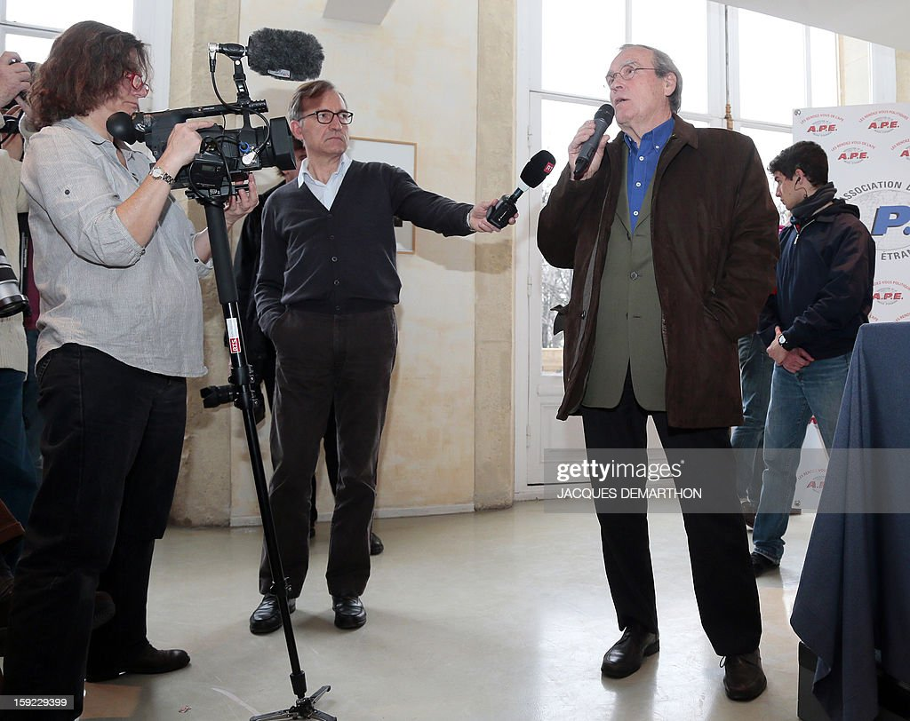 Antoine Dufoix, former minister Georgina Dufoix's husband, speaks to the press on January 10, 2013 in Paris to denounce 'threats' against his wife, whose participation at a conference against gay marriage was cancelled. AFP PHOTO/JACQUES DEMARTHON