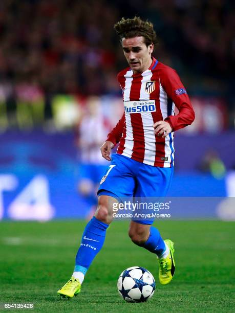 Antoine Griezmann of Atletico de Madrid controls the ball during the UEFA Champions League Round of 16 second leg match between Club Atletico de...