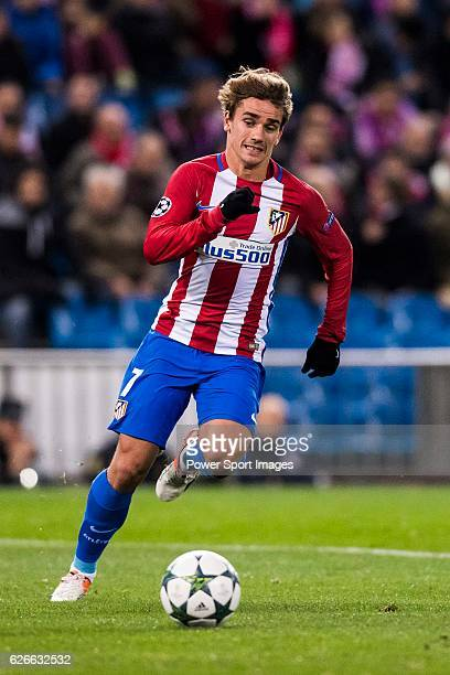 Antoine Griezmann of Atletico de Madrid in action during their 201617 UEFA Champions League match between Atletico de Madrid and PSV Eindhoven at the...