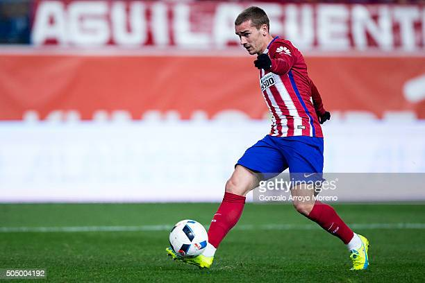 Antoine Griezmann of Atletico de Madrid scores their third goal during the Copa del Rey Round of 16 second leg match between Club Atletico Madrid and...