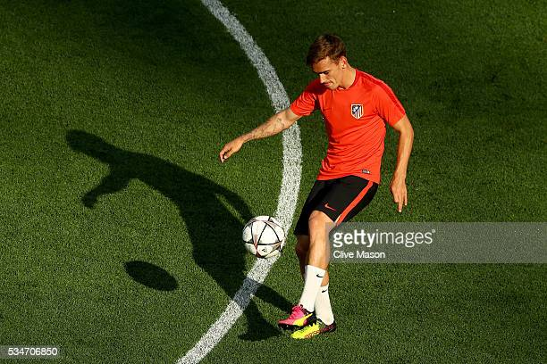 Antoine Griezmann of Atletico Madrid controls the ball during an Atletico de Madrid training session on the eve of the UEFA Champions League Final...