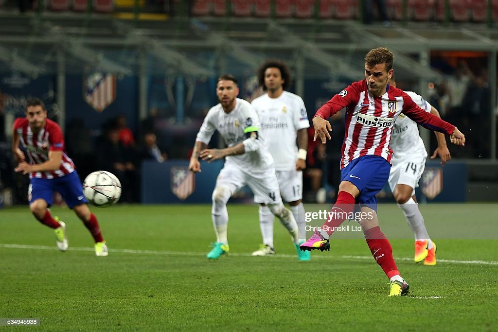 <a gi-track='captionPersonalityLinkClicked' href=/galleries/search?phrase=Antoine+Griezmann&family=editorial&specificpeople=7197539 ng-click='$event.stopPropagation()'>Antoine Griezmann</a> of Club Atletico de Madrid misses from the penalty spot during the UEFA Champions League Final between Real Madrid and Club Atletico de Madrid at Stadio Giuseppe Meazza on May 28, 2016 in Milan, Italy.
