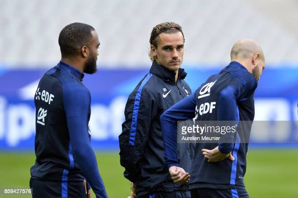 Antoine Griezmann of France arrives to a France training session ahead of the France v Belarus FIFA 2018 World Cup Qualifier at Stade de France on...