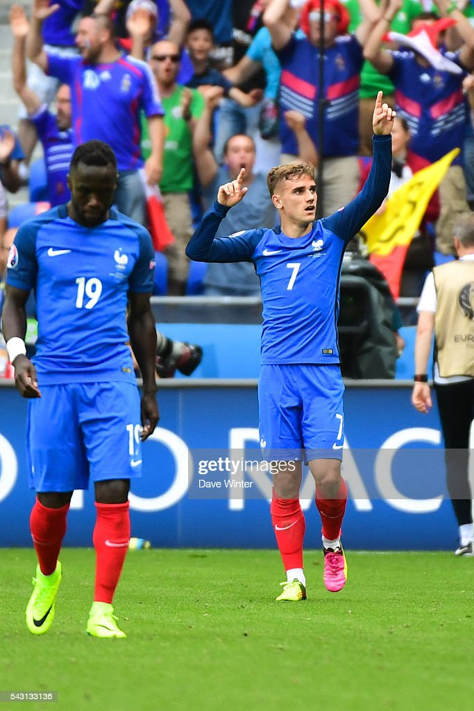 Antoine Griezmann of France celebrate his goal during the European Championship match Round of 16 between France and Republic of Ireland at Stade des Lumieres on June 26, 2016 in Lyon, France.