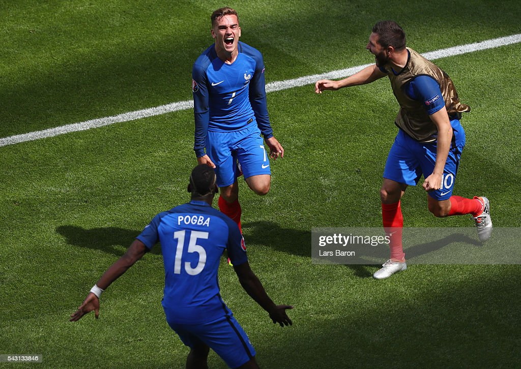 <a gi-track='captionPersonalityLinkClicked' href=/galleries/search?phrase=Antoine+Griezmann&family=editorial&specificpeople=7197539 ng-click='$event.stopPropagation()'>Antoine Griezmann</a> (top) of France celebrates scoring his team's first goal with his team mates <a gi-track='captionPersonalityLinkClicked' href=/galleries/search?phrase=Paul+Pogba&family=editorial&specificpeople=5805302 ng-click='$event.stopPropagation()'>Paul Pogba</a> (bottom) and <a gi-track='captionPersonalityLinkClicked' href=/galleries/search?phrase=Andre-Pierre+Gignac&family=editorial&specificpeople=1272457 ng-click='$event.stopPropagation()'>Andre-Pierre Gignac</a> (R) during the UEFA EURO 2016 round of 16 match between France and Republic of Ireland at Stade des Lumieres on June 26, 2016 in Lyon, France.