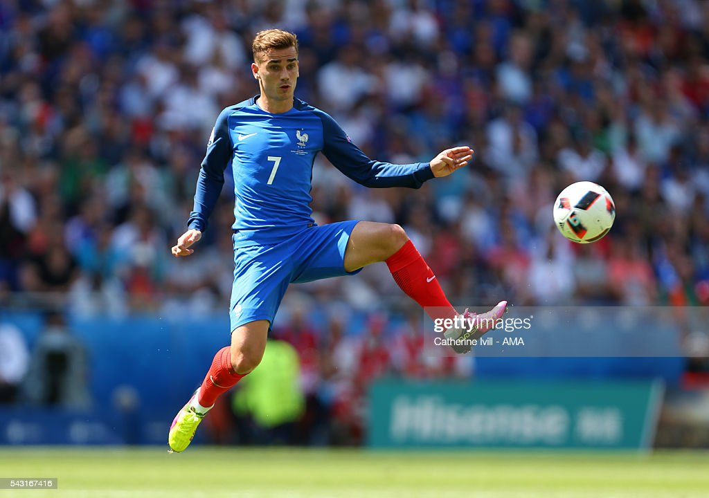 <a gi-track='captionPersonalityLinkClicked' href=/galleries/search?phrase=Antoine+Griezmann&family=editorial&specificpeople=7197539 ng-click='$event.stopPropagation()'>Antoine Griezmann</a> of France during the UEFA EURO 2016 Round of 16 match between France and Republic of Ireland at Stade des Lumieres on June 26, 2016 in Lyon, France.