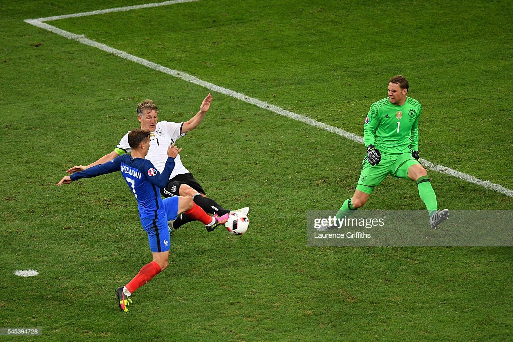 Antoine Griezmann of France scores his team's second goal during the UEFA EURO semi final match between Germany and France at Stade Velodrome on July...