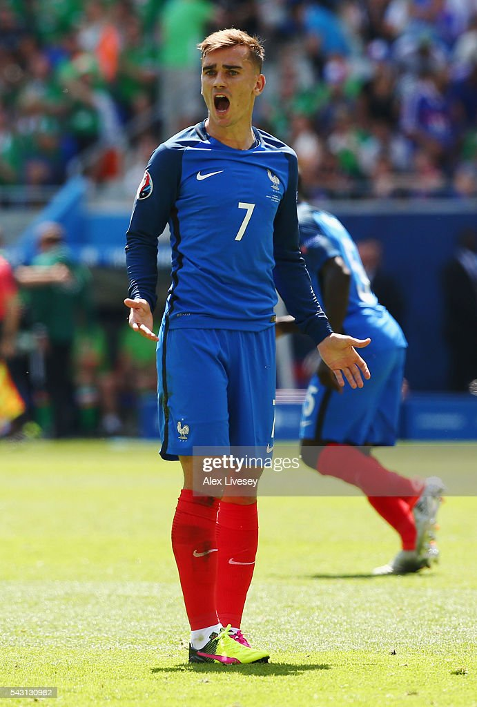 <a gi-track='captionPersonalityLinkClicked' href=/galleries/search?phrase=Antoine+Griezmann&family=editorial&specificpeople=7197539 ng-click='$event.stopPropagation()'>Antoine Griezmann</a> of France shouts during the UEFA EURO 2016 round of 16 match between France and Republic of Ireland at Stade des Lumieres on June 26, 2016 in Lyon, France.