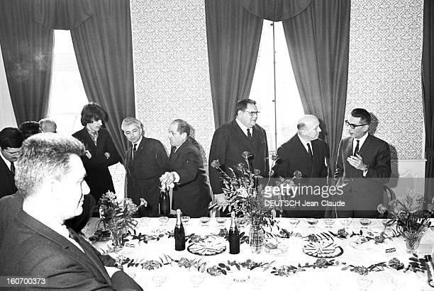 Antoine Presents His Planning Project For Combronde Riom 27 décembre 1967 A la mairie dans la salle du conseil municipal lors d'un banquet le...