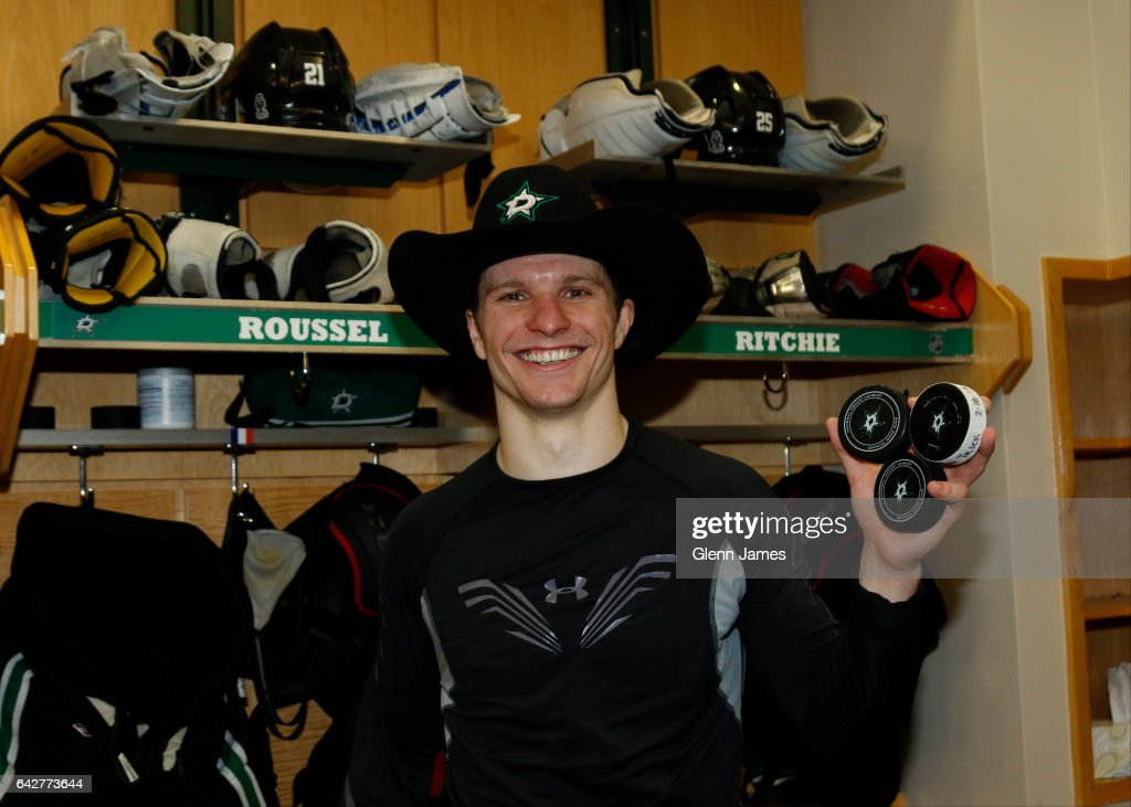 Antoine-roussel-of-the-dallas-stars-poses-with-the-pucks-from-his-picture-id642773644?k=6&m=642773644&s=594x594&w=0&h=z0ax7uzb8m1rlfcptatassbeqblppzylg7zl1tb8esa=