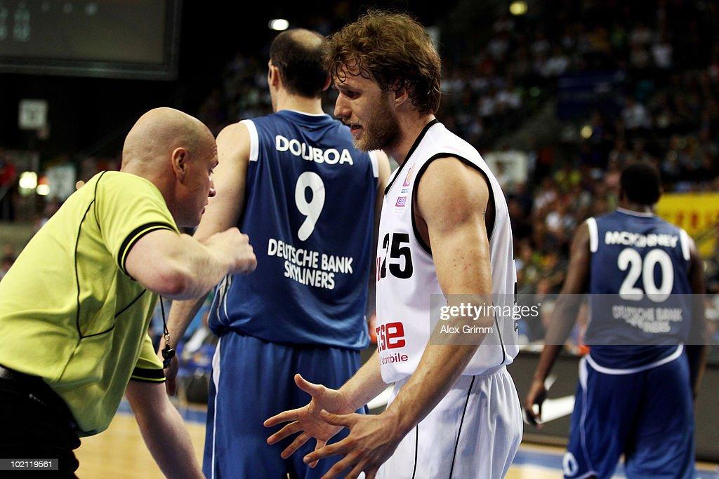 Anton Gavel of Brose Baskets reacts during game four of the Beko Basketball Bundesliga play off finals between Deutsche Bank Skyliners and Eisbaeren...
