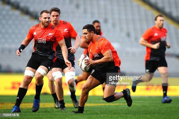 Anton LienertBrown of the All Blacks runs through drills during the New Zealand All Blacks Captain's Run at Eden Park on June 23 2017 in Auckland New...