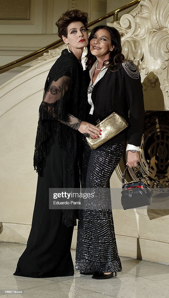 Antonia Dell'Atte (L) and sister Anna Rita Dell'Atte (R) attends the Ralph Lauren Dinner Charity Gala at the Casino de Madrid on November 14, 2013 in Madrid, Spain.