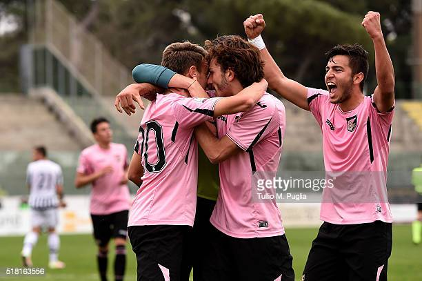 Antonino La Gumina of Palermo is celebrated after scoring the first equalizing goal during the Viareggio Juvenile Tournament match between FC...