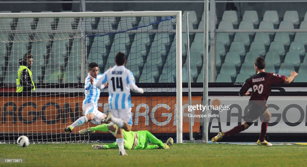 Antonino Ragusa of Reggina scores the goal 02 during the Serie B match between Pescara Calcio and Reggina Calcio at Adriatico Stadium on February 24...
