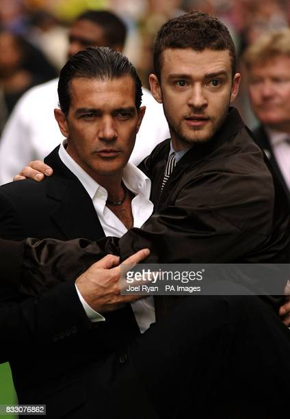 Antonio Banderas and Justin Timberlake arrive for the UK Premiere of Shrek The Third at the Odeon Cinema in Leicester Square central London