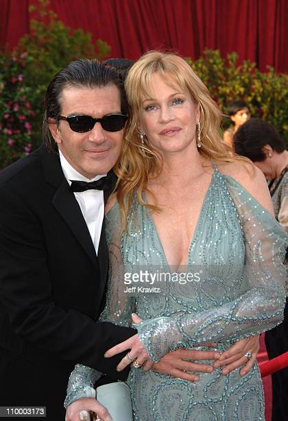 Antonio Banderas and Melanie Griffith during The 77th Annual Academy Awards Arrivals at Kodak Theatre in Los Angeles California United States