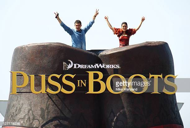 Antonio Banderas and Salma Hayek attend the Puss In Boots' Photocall at Carlton Hotel on May 11 2011 in Cannes France