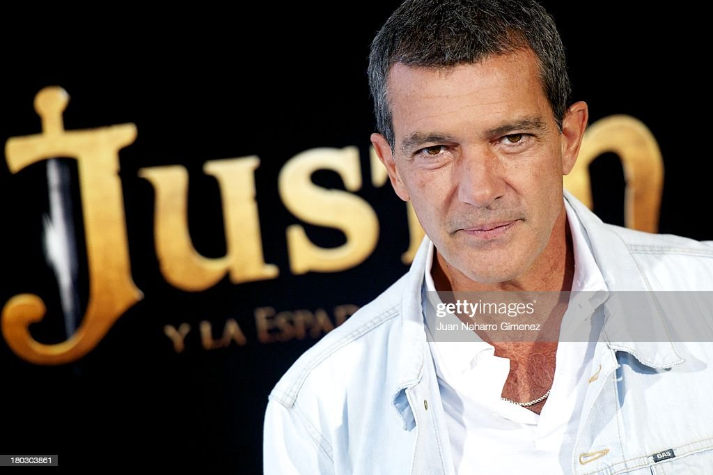 <a gi-track='captionPersonalityLinkClicked' href=/galleries/search?phrase=Antonio+Banderas&family=editorial&specificpeople=171176 ng-click='$event.stopPropagation()'>Antonio Banderas</a> attends 'Justin And The Knights Of Valour' (Justin Y La Espada Del Valor) photocall at Castle of Villaviciosa de Odon on September 11, 2013 in Villaviciosa de Odon, Spain.
