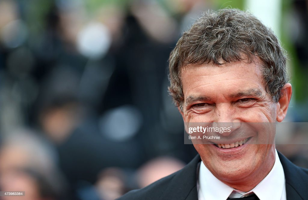 <a gi-track='captionPersonalityLinkClicked' href=/galleries/search?phrase=Antonio+Banderas&family=editorial&specificpeople=171176 ng-click='$event.stopPropagation()'>Antonio Banderas</a> attends the Premiere of 'Sicario' during the 68th annual Cannes Film Festival on May 19, 2015 in Cannes, France.