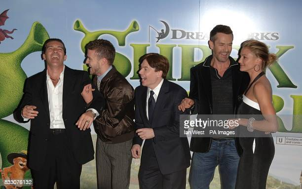Antonio Banderas Justin Timberlake Mike Myers Rupert Everett and Cameron Diaz arrive for the UK Premiere of Shrek The Third at the Odeon Cinema in...