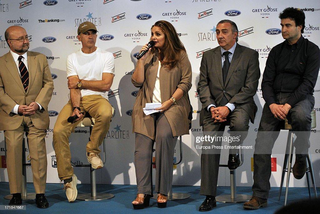 Antonio Banderas (2L), Sandra Garcia-Sanjuan (C) and Pepe Rodriguez (R) present 'Starlite Gala' 2013 on June 25, 2013 in Madrid, Spain.