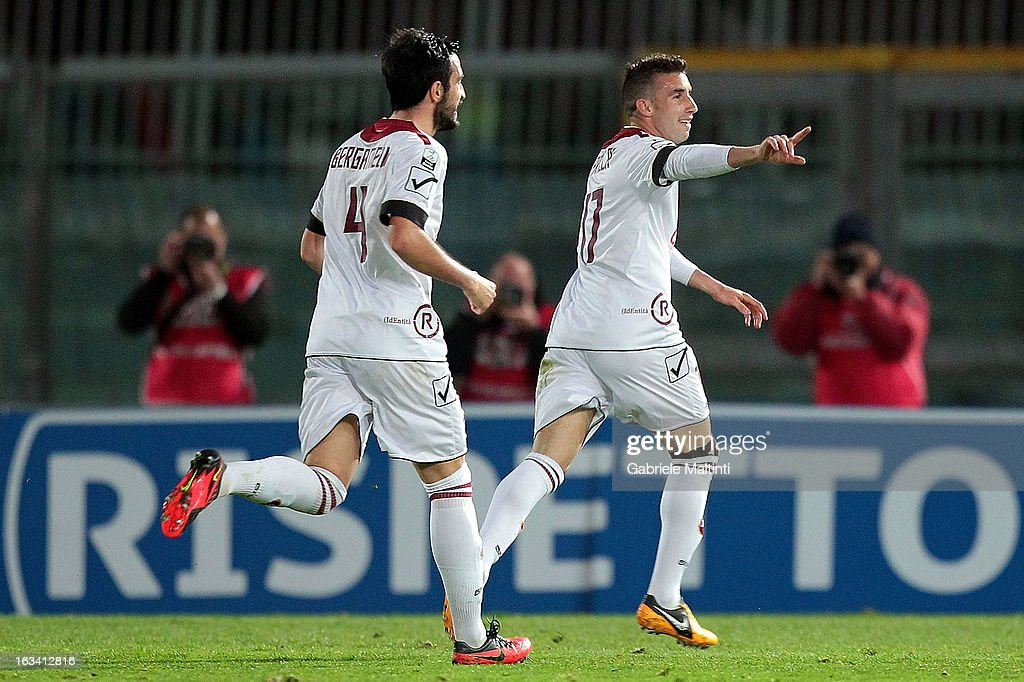 Antonio Barilla' (R) of Reggina Calcio celebrates the goal during the Serie B match between AS Livorno and Reggina Calcio at Stadio Armando Picchi on March 9, 2013 in Livorno, Italy.