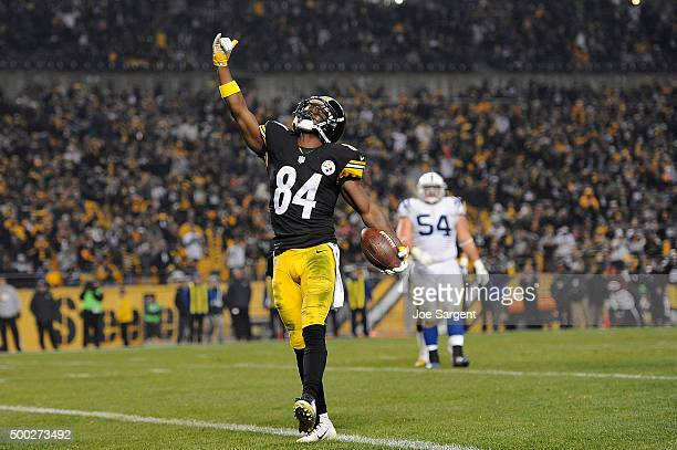 Antonio Brown of the Pittsburgh Steelers celebrates a third quarter touchdown during the game against the Indianapolis Colts at Heinz Field on...