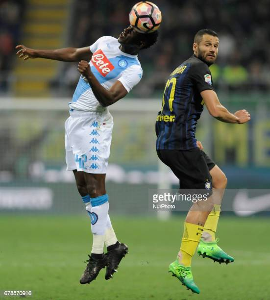 Antonio Candreva of Inter player and Amadou Diawara of Napoli player during the Serie A match between FC Internazionale and SSC Napoli at Stadio...