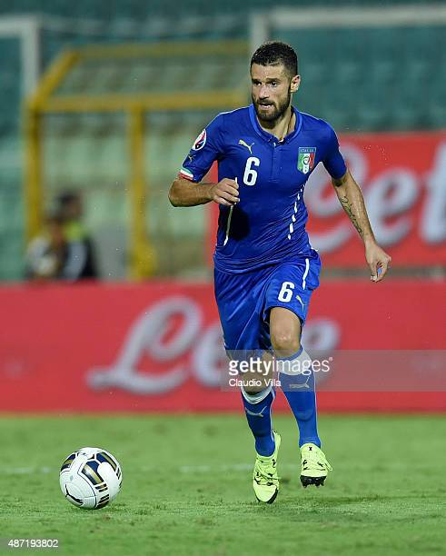 Antonio Candreva of Italy in action during the UEFA EURO 2016 Qualifier match between Italy and Bulgaria on September 6 2015 in Palermo Italy