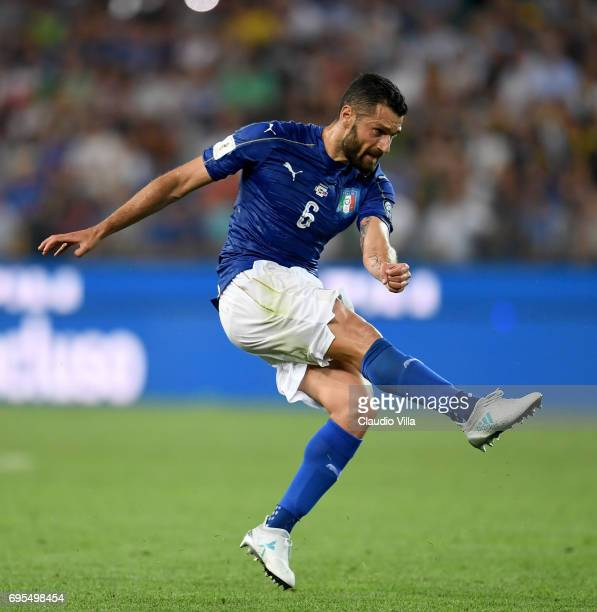 Antonio Candreva of Italy in ation during the FIFA 2018 World Cup Qualifier between Italy and Liechtenstein at Stadio Friuli on June 11 2017 in Udine...